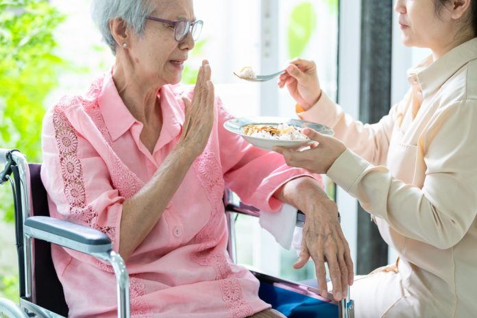ดูแลสุขภาพผู้สูงอายุที่บ้าน ให้แข็งแรงอยู่เสมอ
